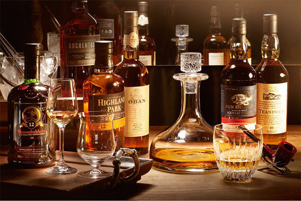 Whisky Guide Collections